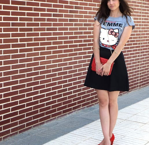 falda-tipo-skater-Mango-shoes-stradivarius-camiseta-Primark-bolso-PG-5