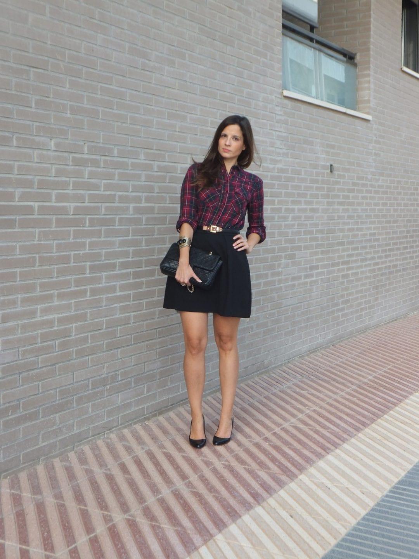 camisa de cuadros tartan y falda negra (4)