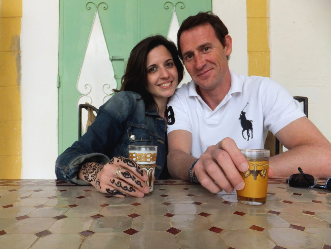 viajando a marrakech en pareja