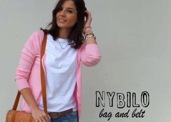 satchel-nybilo-jeans-stradivarius-botines-adolfo-dominguez-camiseta-blanca-de-mango-cardigan-rosa-cinturon-nybiloshop1