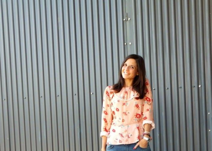look-con-blusa-de-flores-rosa-con-jeans-azules-de-massimo-dutti-top-blogger-fashion-blog-31