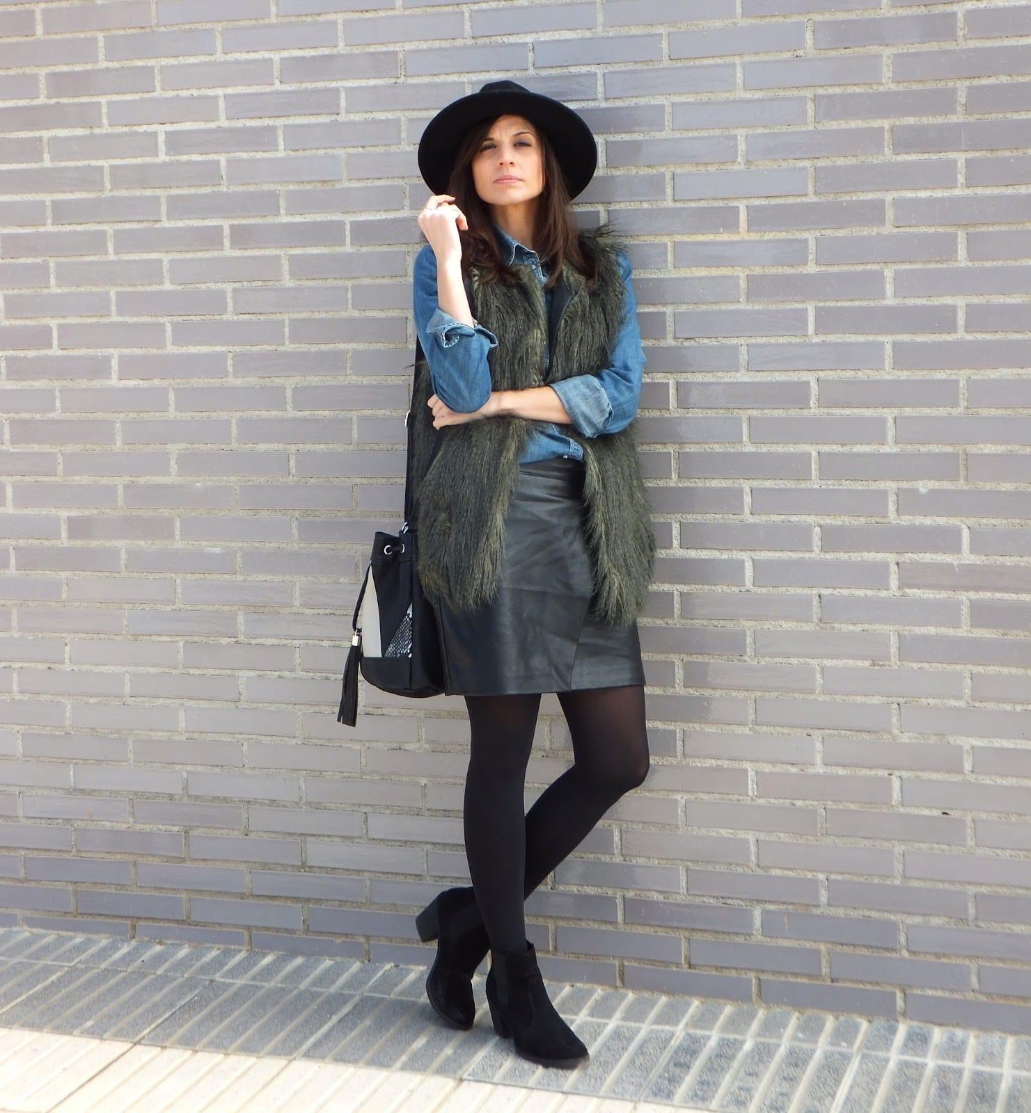 botas chelsea chaleco pelo sombrero fedora bolso saco