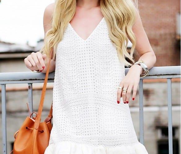 cómo-llevar-bucket-bag-bolso-bombonera-o-bolso-saco-ideas-para-vestir-outfits-y-looks-tendencias-2015-6