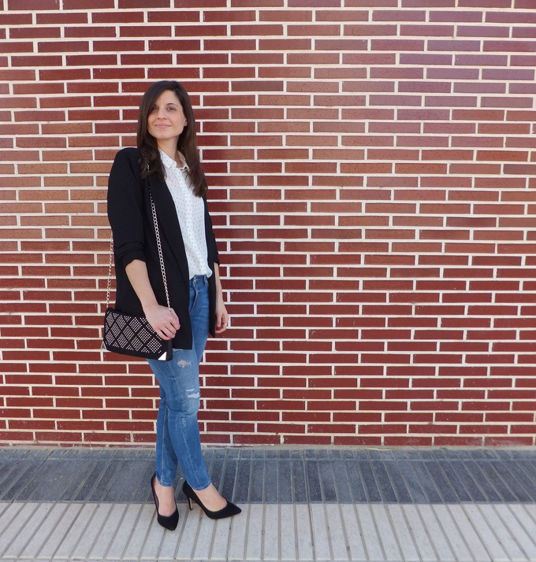 combinar blusa estampada y blazer larga - how to wear long blazer and print blouse - vespa - fashion blogger - bloguera de moda