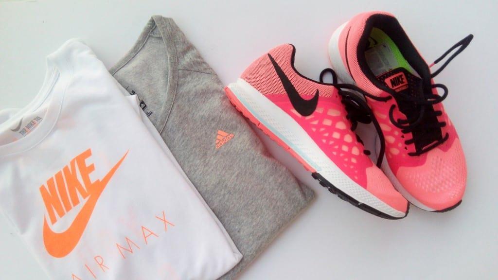 Zapatillas de deporte y Ropa deportiva para mujer