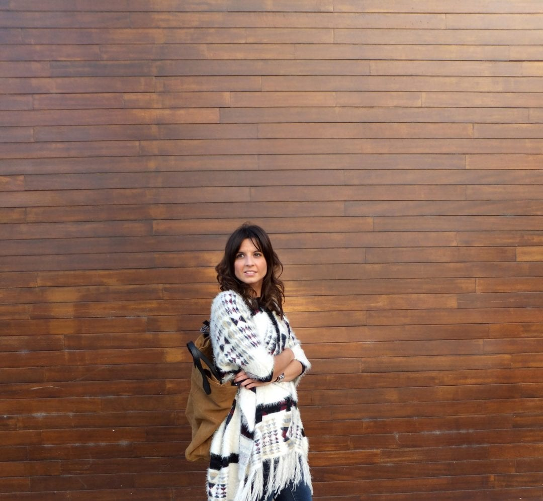 look con poncho Miint Femme