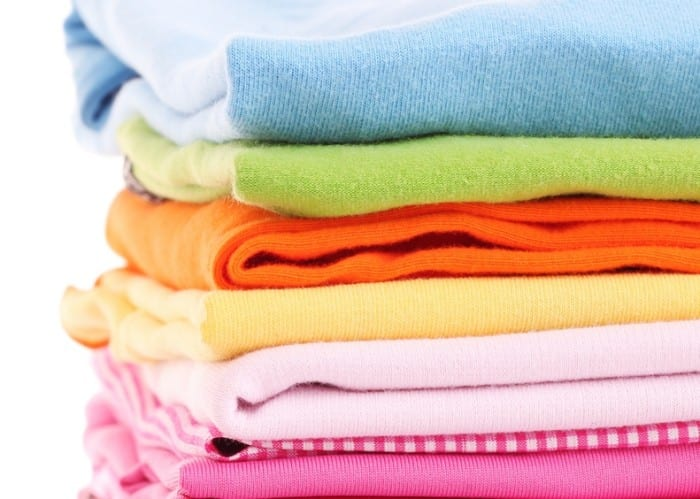camisetas dobladas colores