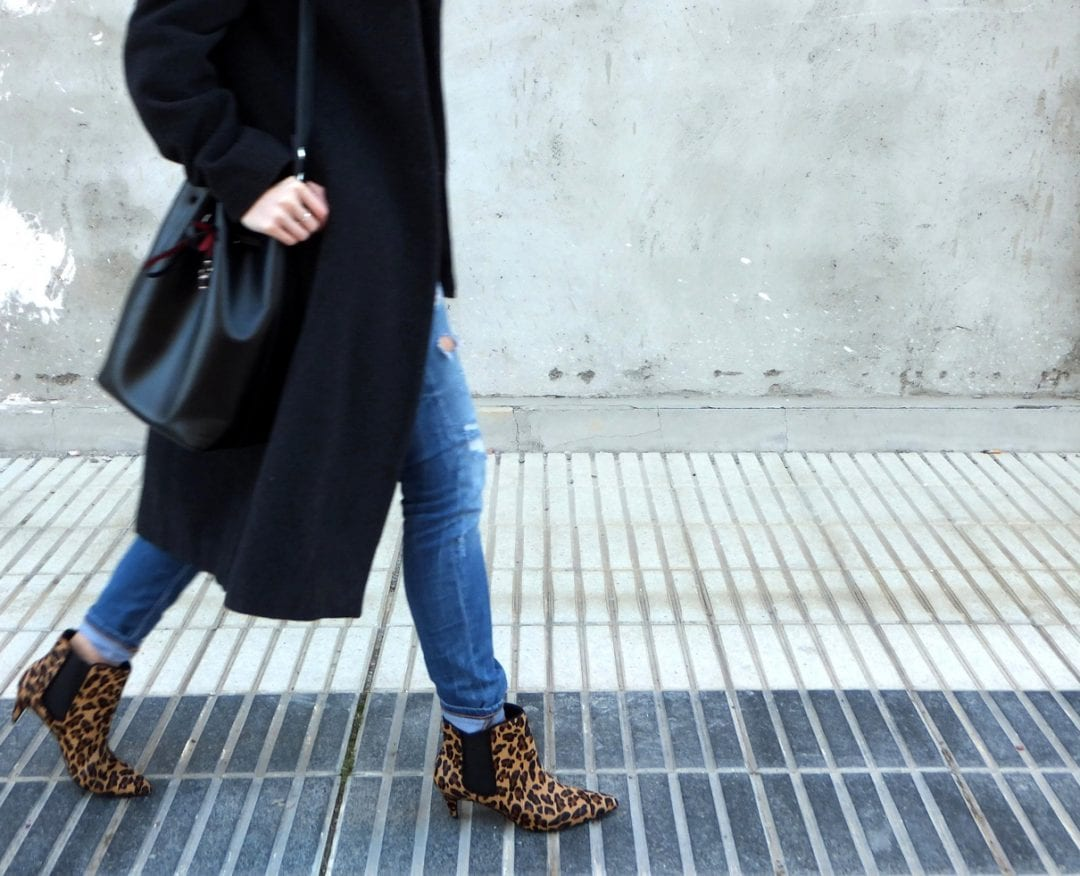 long grey coat - leopard booties - fedora hat - fashion blogger outfit
