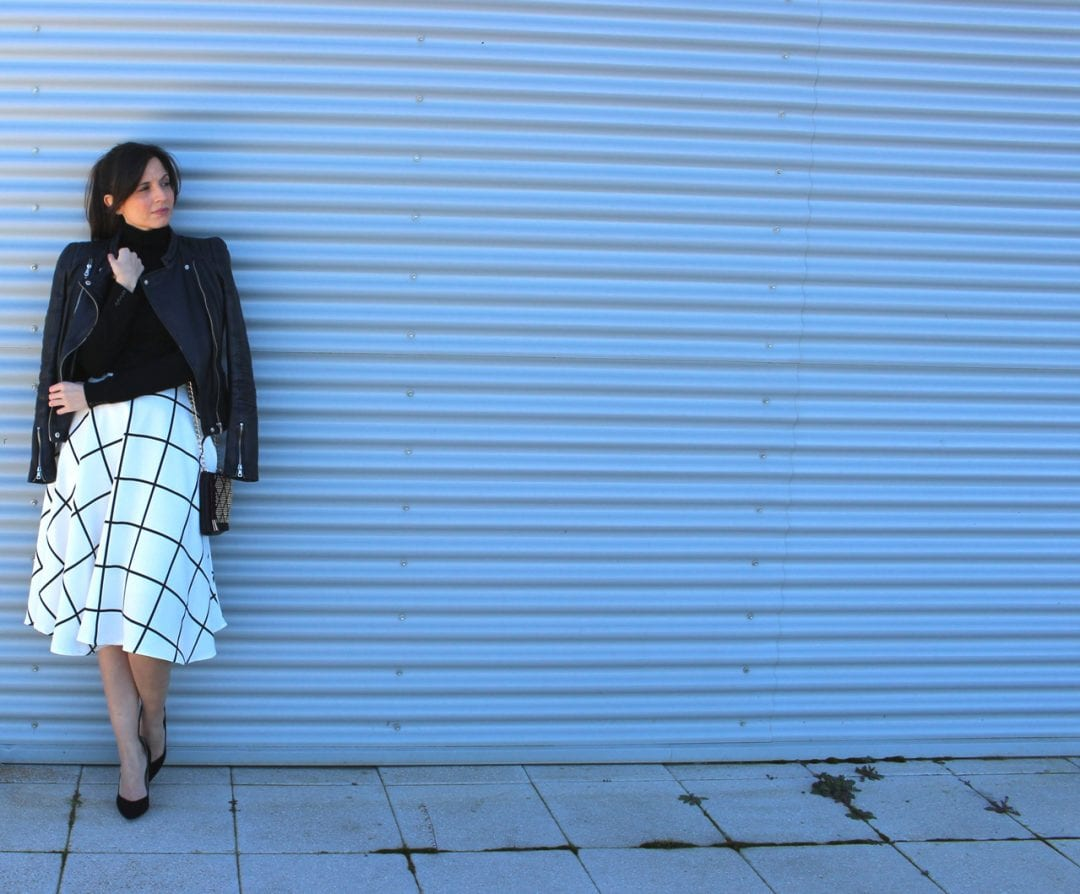 faldas largas de moda - fashion blogger con falda midi - midi skirt (57)