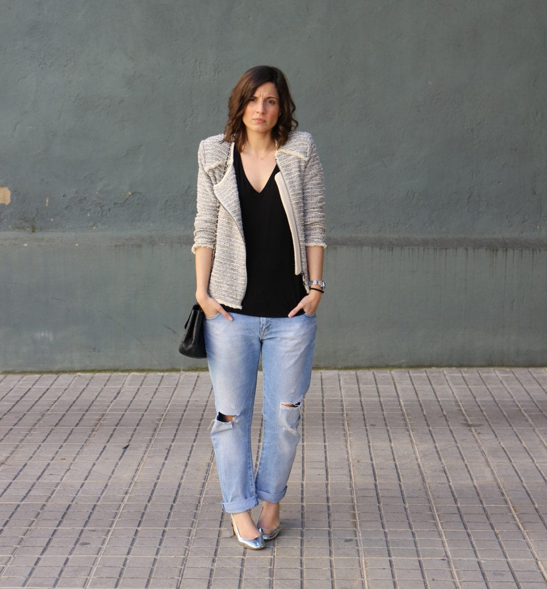 zapatos plateados de zara - jeans rotos - chaqueta tweed - fashion blogger