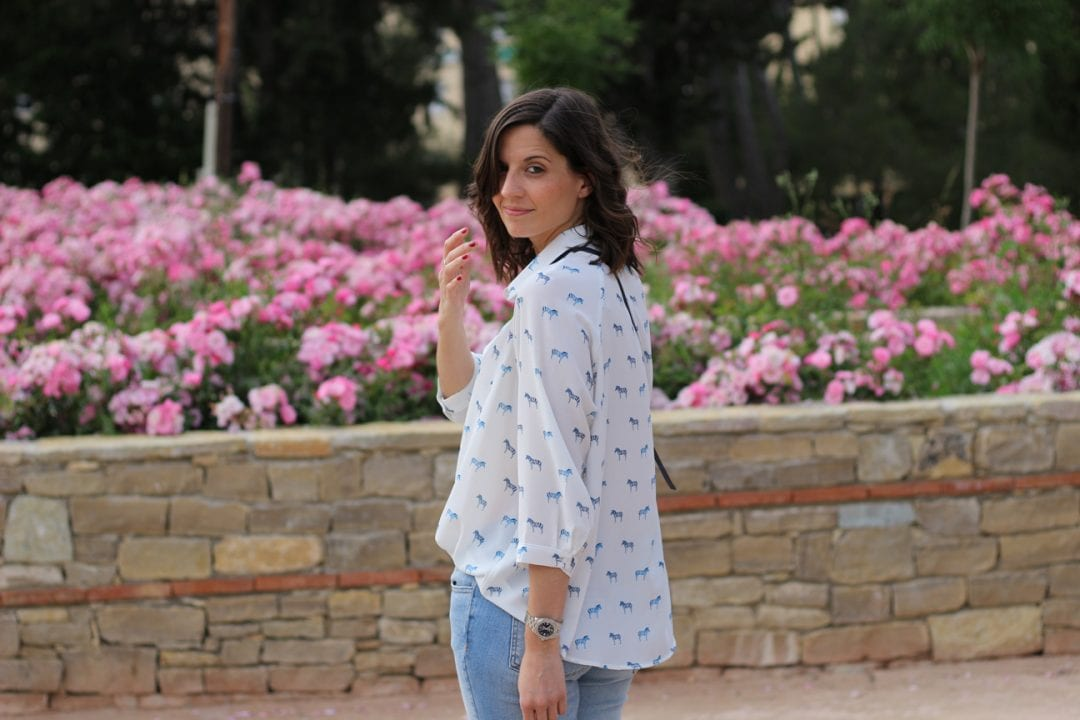 fashion blogger española con look casual
