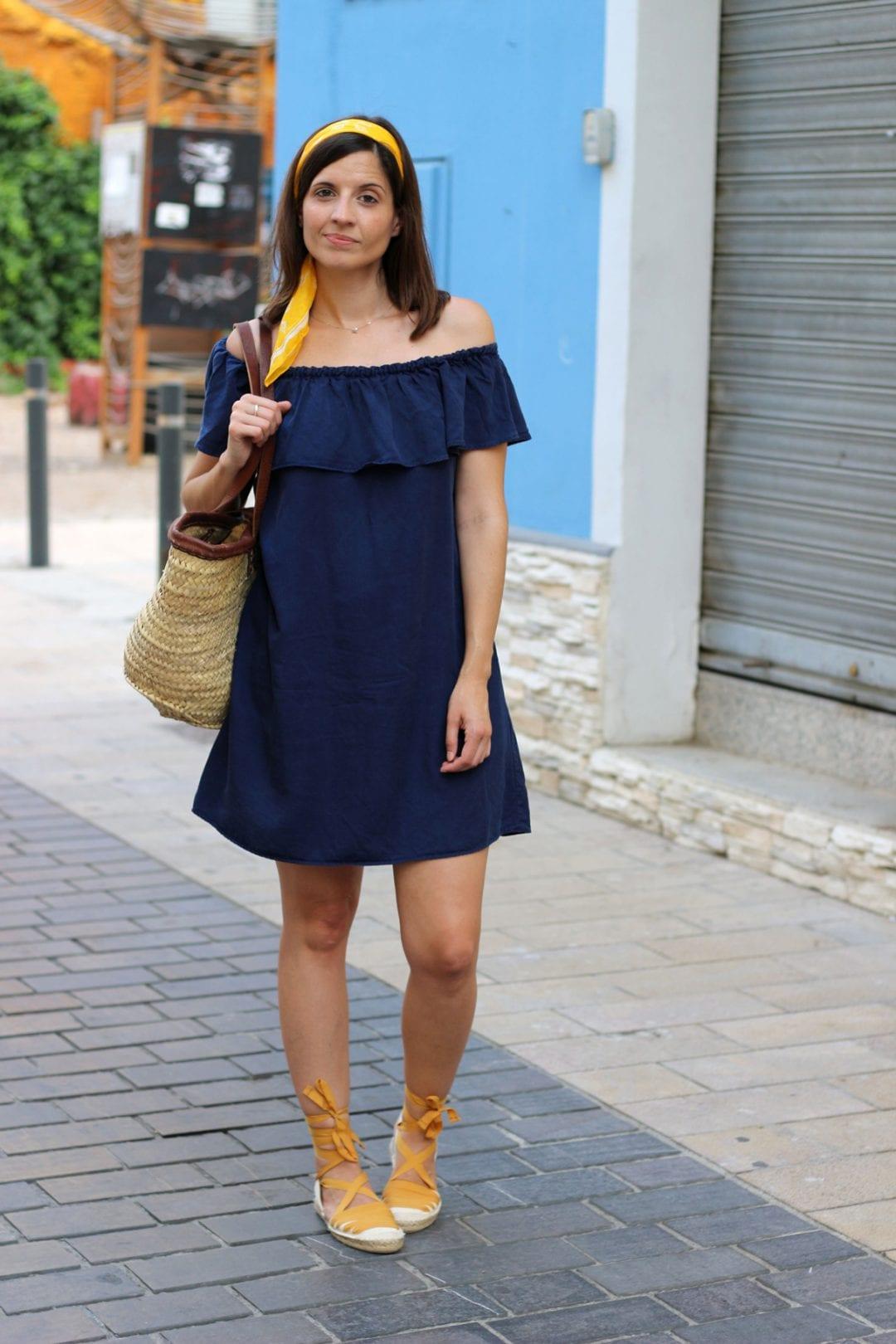 spanish fashion blogger sith off shoulders dress, espadrilles and basket