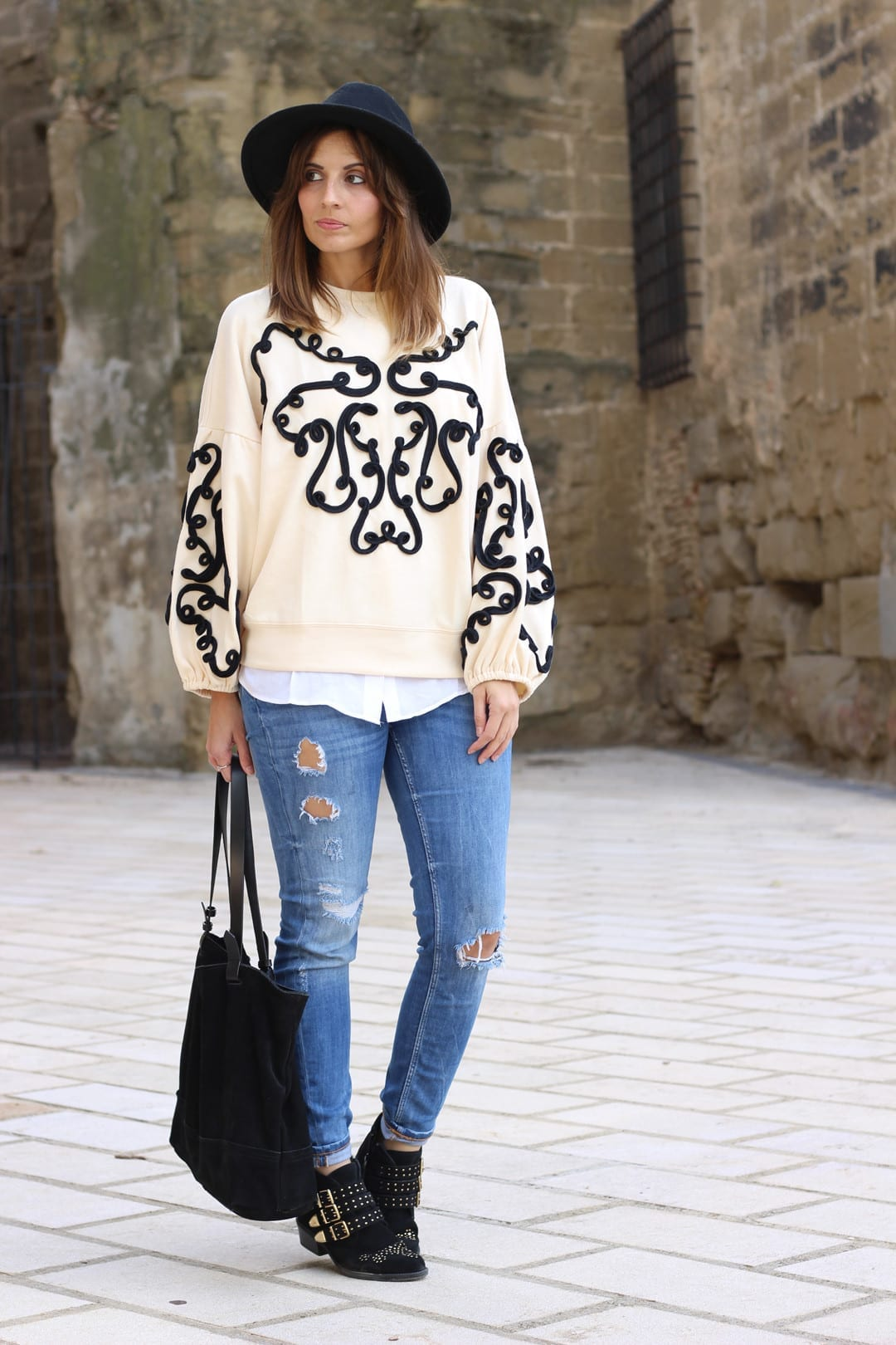 outfit fashion blogger olivia palermo sweatshirt from zara
