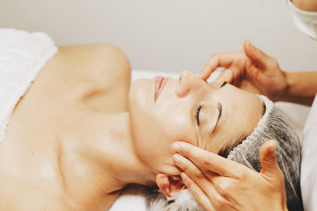 medicina estética facial tratamientos quistes miliums mesbur