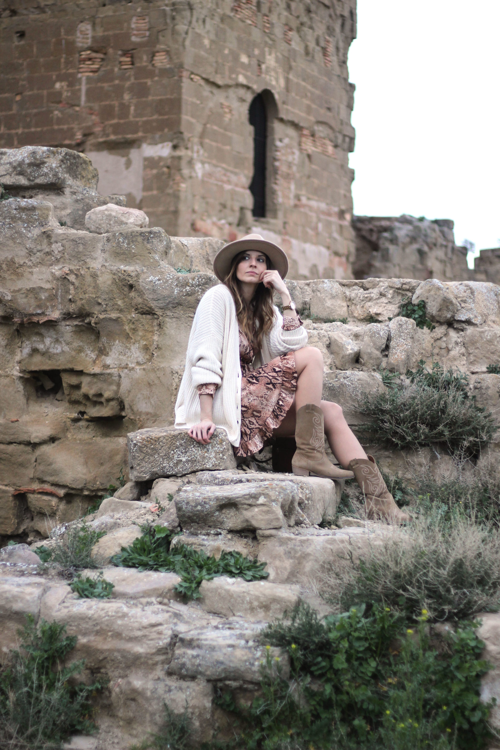 bloguera con botas camperas de muje